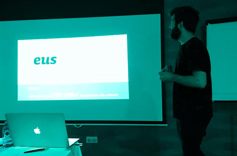 """Wordcamp-en """"Euskarazko web-orriak WordPress-en: zergatik ez?"""" hitzaldia eman genuen"""